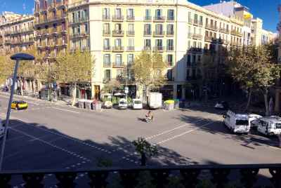 Centrally located commercial space near Sant Antoni market